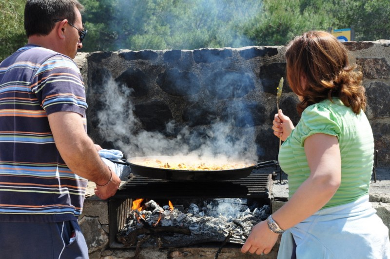 Use of picnic and BBQ points in the Sierra Espuña 2017 info
