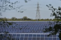 Solar power output hits record amid heat wave in Britain