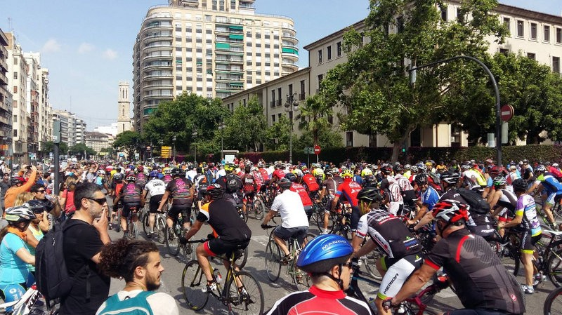 <span style='color:#780948'>ARCHIVED</span> - Murcia cyclists join nationwide campaign demanding respect on the roads
