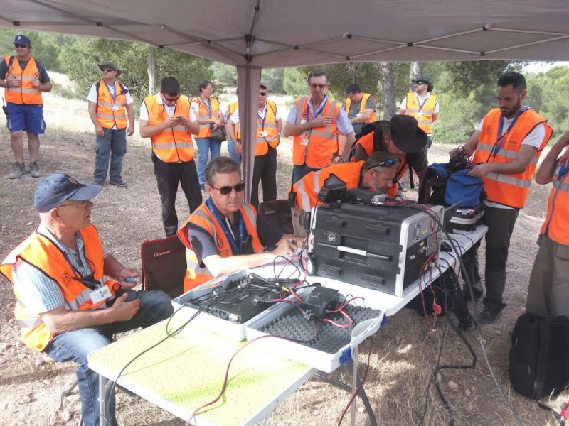 <span style='color:#780948'>ARCHIVED</span> - Radio hams train with emergency services in the El Valle regional park