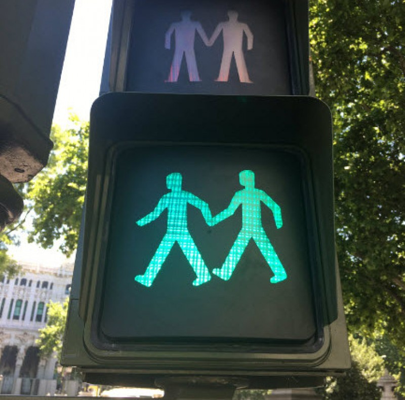 <span style='color:#780948'>ARCHIVED</span> - Madrid installs LGTB friendly traffic lights