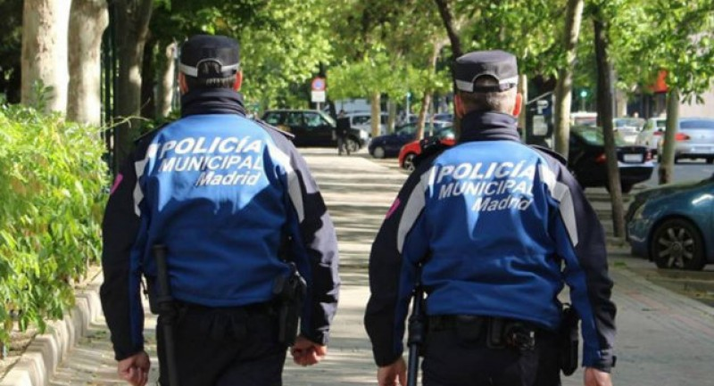Terrorism panic in Madrid as Rumanian attempts to run over his wife