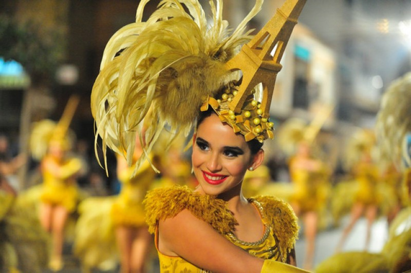 carnival in spain The carnival in tenerife is the biggest in all of spain and the second in the world after rio de janeiro it is a major event that takes place in the capital of the island, santa cruz de tenerife and hundreds of thousands of people participate.