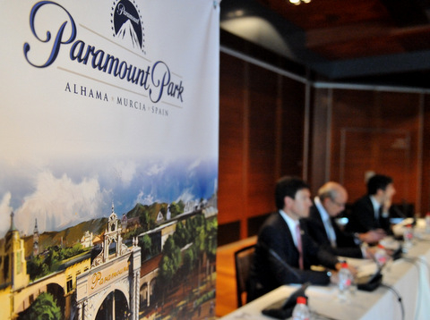Samper says there are investors in the Alhama de Murcia Paramount Park