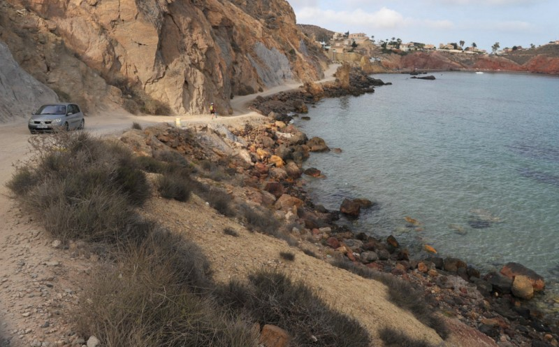 Closure of coastal track between Bolnuevo and Cañada de Gallego in the Mazarron municipality