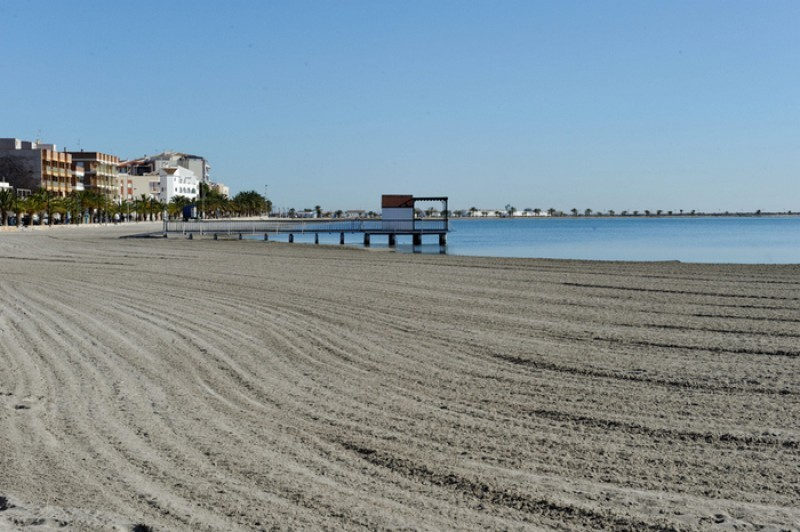San Pedro del Pinatar Town Hall defends controversial beach behaviour ordinance