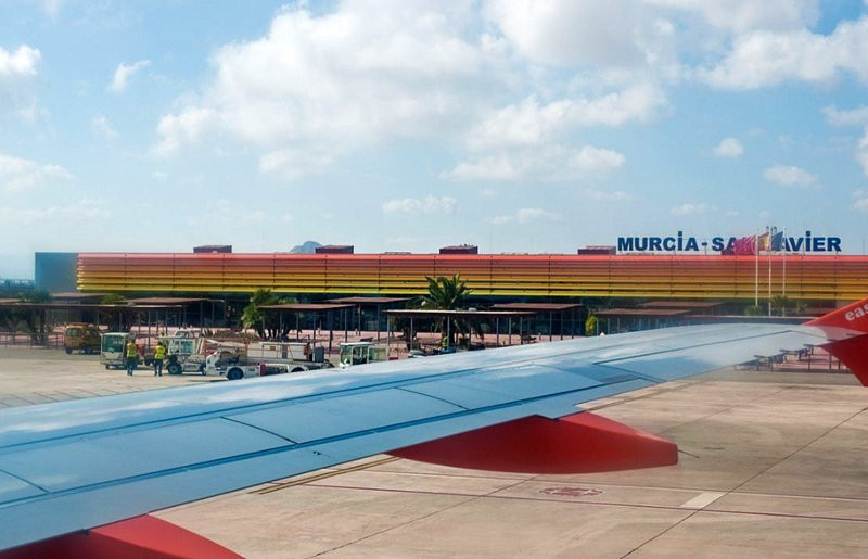 Positive air traffic stats for Murcia and Alicante airports boost tourism sector