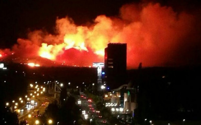Spectacular wild fire in the hills outside the city of Guadalajara