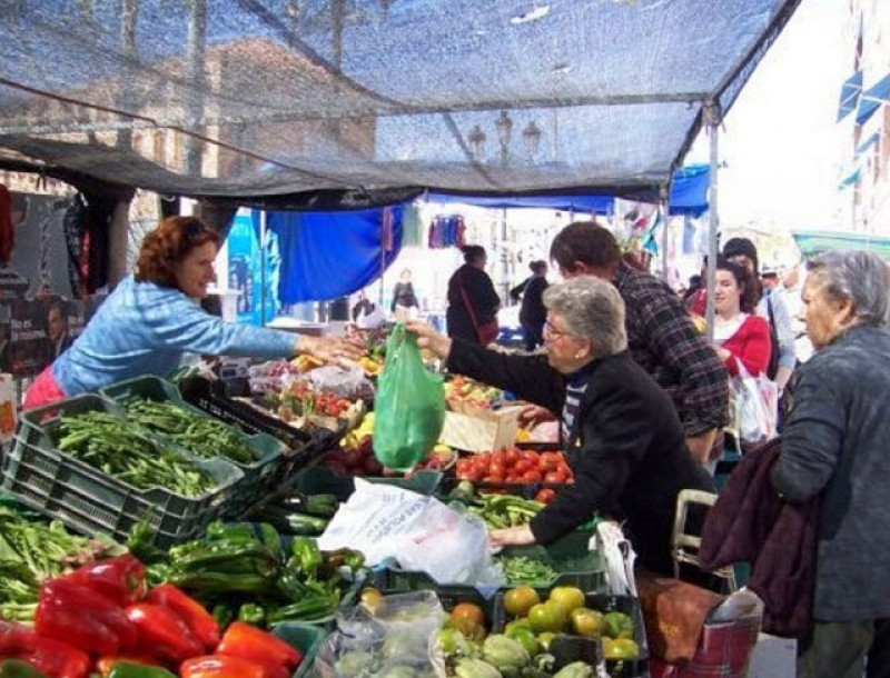 Weekly street markets in Abanilla