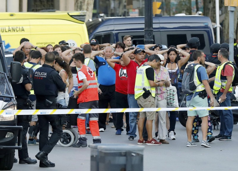 <span style='color:#780948'>ARCHIVED</span> - One arrested, one shot dead following Barcelona attack