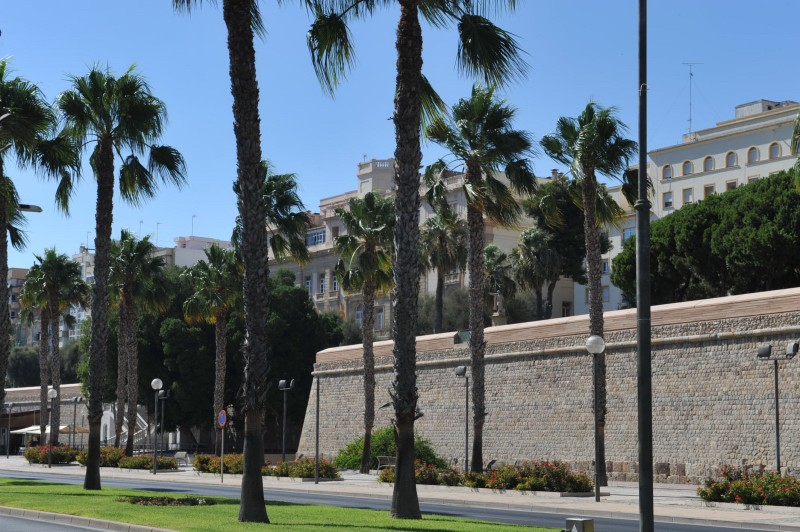 1st October free guided tour of Cartagena Military structures: Paseo de Ronda