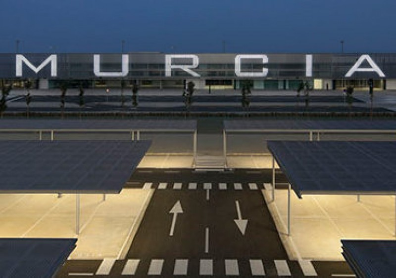 Corvera airport will be managed by Aena or Edeis