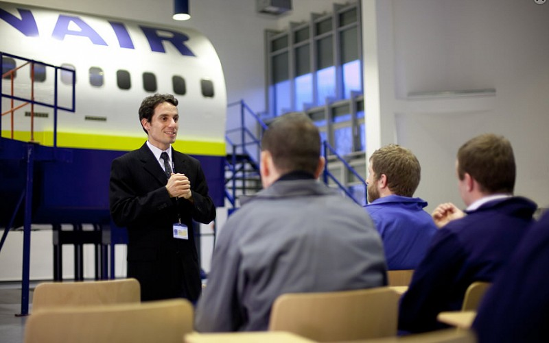 Ryanair cabin crew recruitment days in Spain this coming month