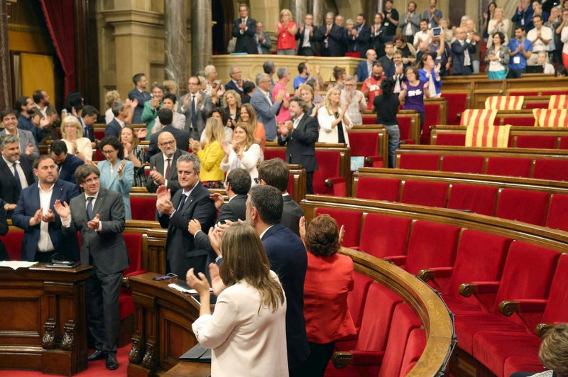 Battle is joined as Catalan government calls its independence referendum