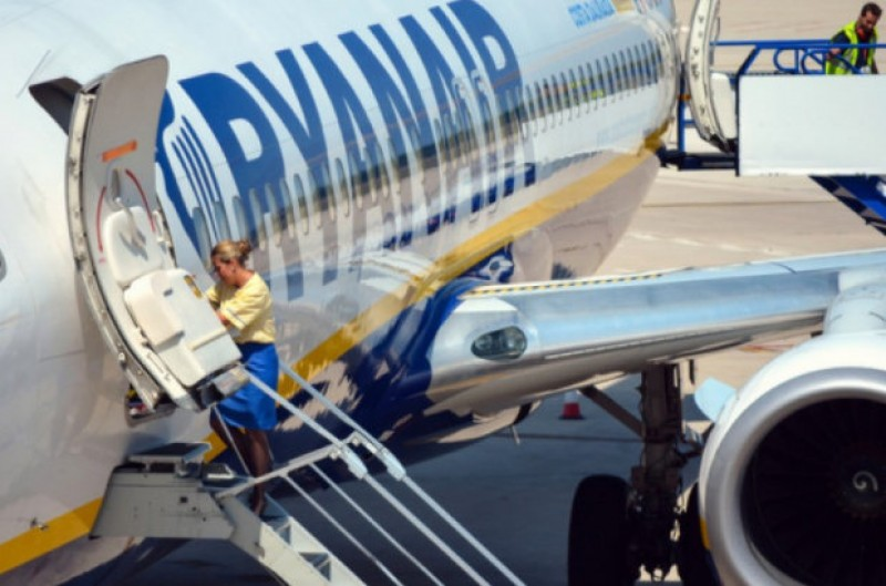400,000 more passengers affected by Ryanair winter flight cancellations