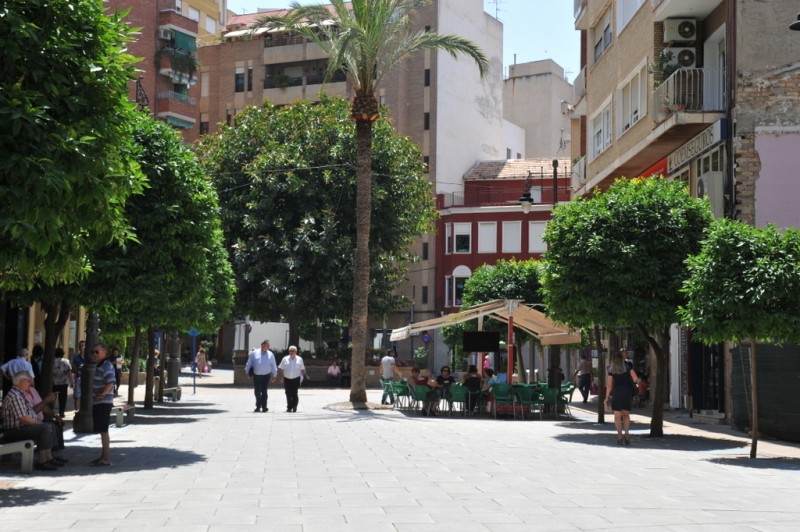 The Paseo Rosales, the main pedestrian avenue of Molina de Segura