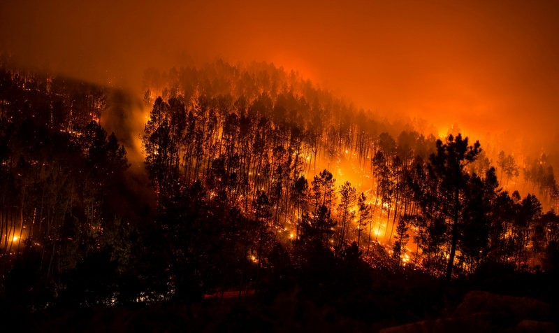 Wild fires rage in Galicia as the driest year of the 21st century continues in Spain