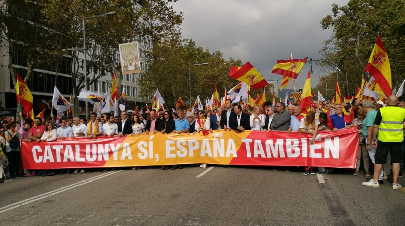 <span style='color:#780948'>ARCHIVED</span> - Patriotic fervour at the 12th October parade in Madrid and other events all over Spain