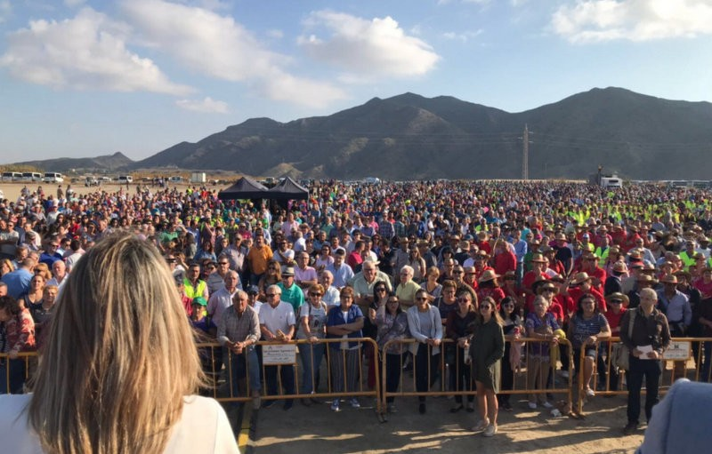 <span style='color:#780948'>ARCHIVED</span> - Murcia farmers join water protests in Almería as the drought threatens their crops