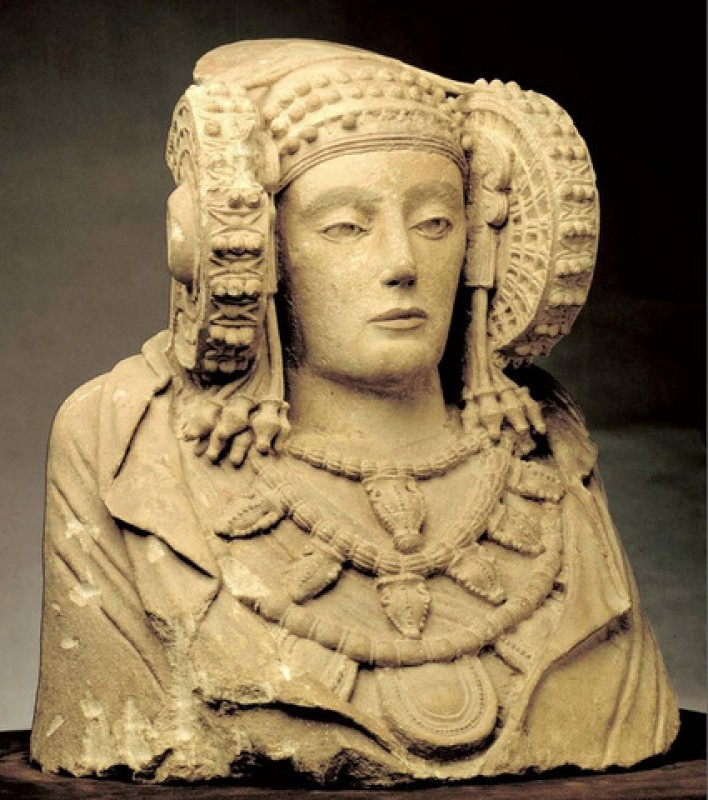 <span style='color:#780948'>ARCHIVED</span> - The 2400-year-old Dama de Elche could be on her way home due to an ant