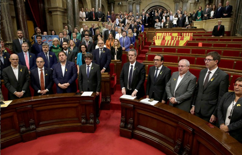 <span style='color:#780948'>ARCHIVED</span> - Catalan parliament declares independence