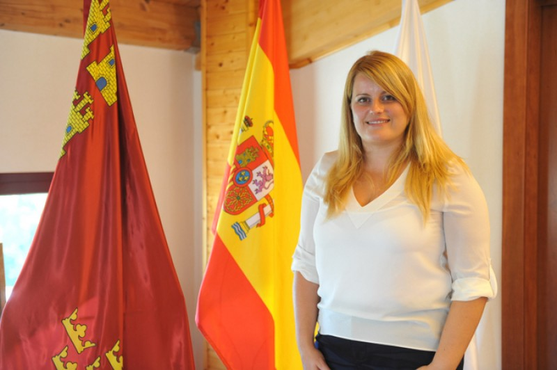 Mazarrón Mayoress ties the knot