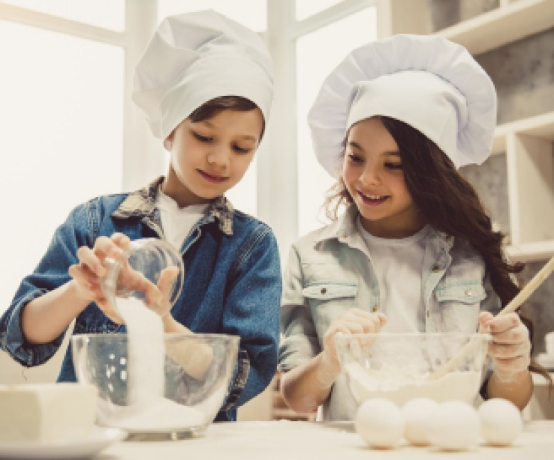 14th to 18th November, children's cooking competition at Parque Almenara shopping mall in Lorca