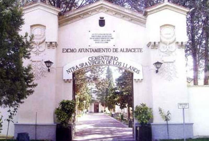 Albacete mortician arrested for stealing from the dead