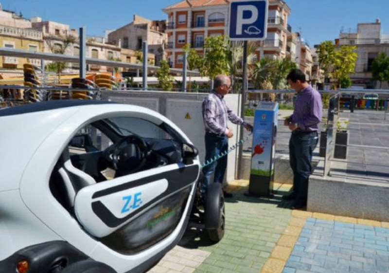 5,500-euro subsidy scheme to kick-start electric car sales in Spain