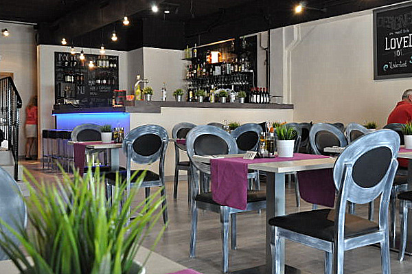 Piccolo Restaurant: World Cuisine on Camposol