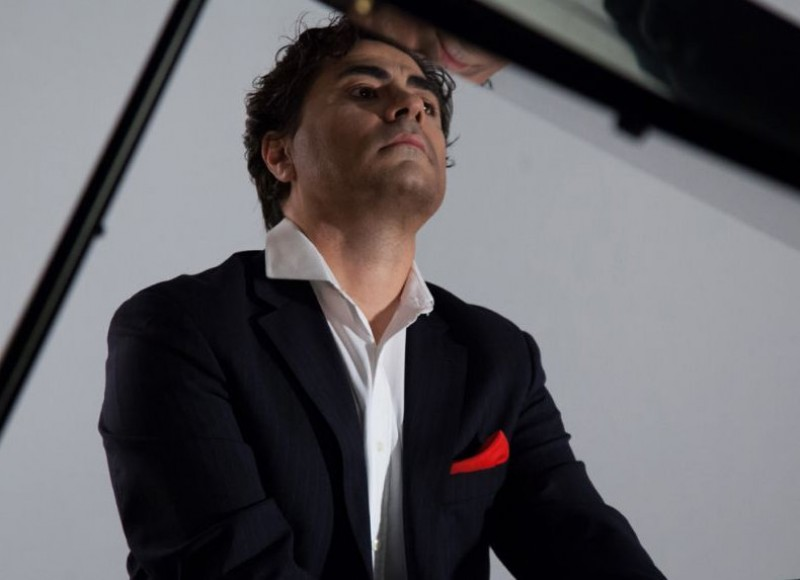 16th April, classical pianist Gustavo Díaz Jerez at the Auditorio Víctor Villegas in Murcia