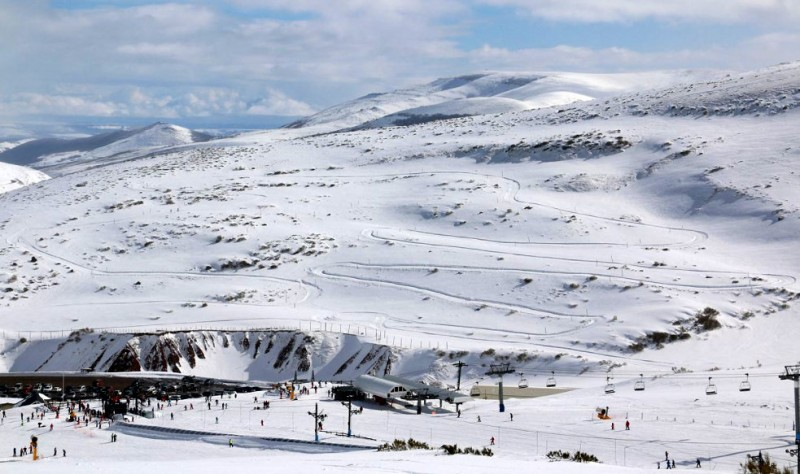Snow on the coast as northern Spain continues in the grip of winter