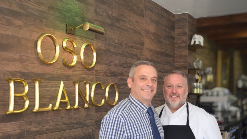 The Oso Blanco restaurant - Fine dining in Fuente Álamo: A la carte, evenings, set lunchtime menus, Sunday roasts and more.