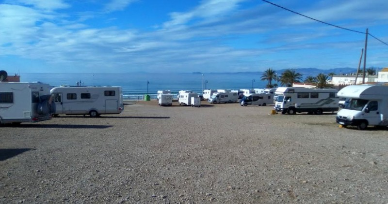 <span style='color:#780948'>ARCHIVED</span> - Residents complain about motorhome tourists in La Azohía