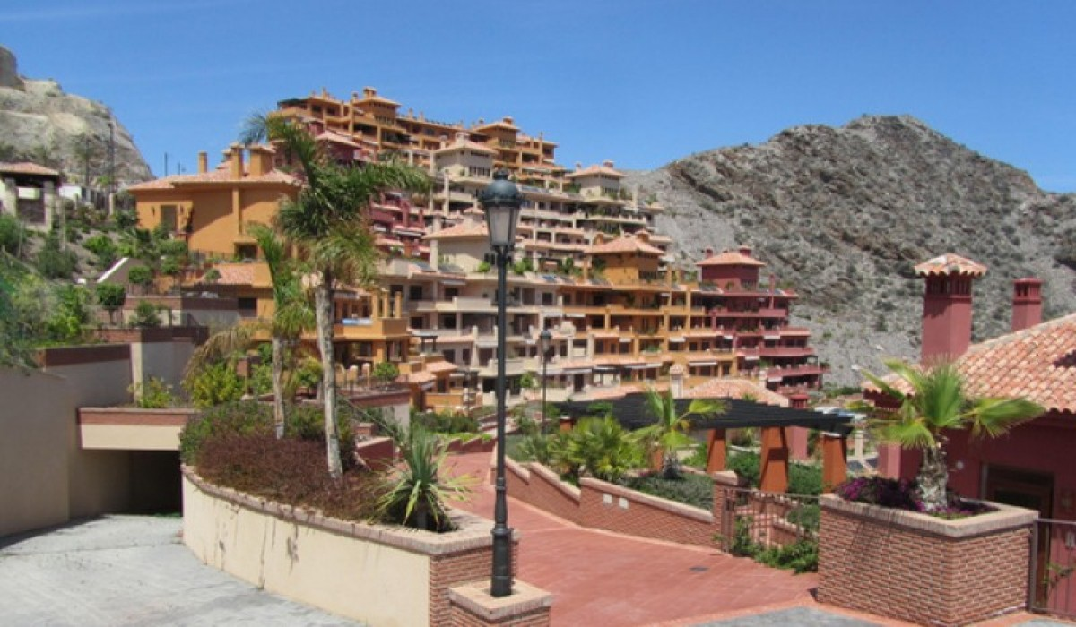 Non-Spanish buyers account for 22.5 per cent of property sales in Murcia!