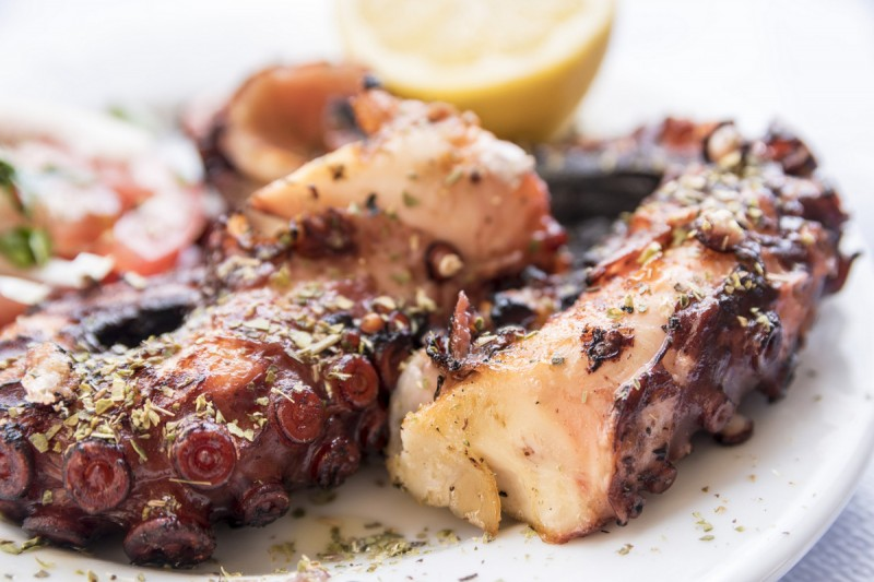 Tapas to try in the Region of Murcia: octopus