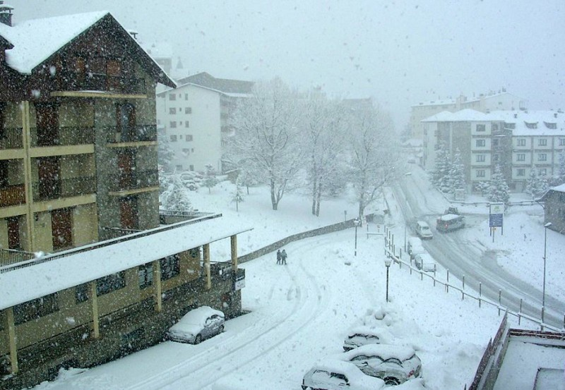 6 dead as snow storm Emma sweeps across Spain