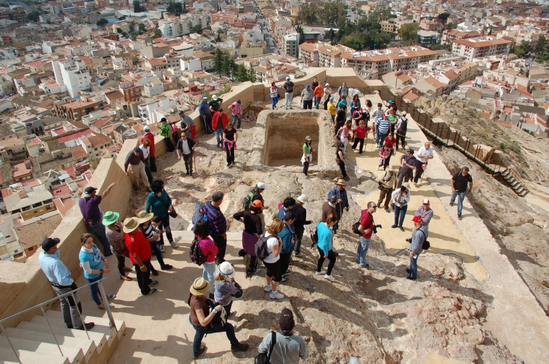6th May special ENGLISH guided tour of Alhama de Murcia castle on the Day of Los Mayos