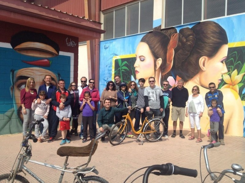 12th May guided cycling route around Los Alcázares urban art