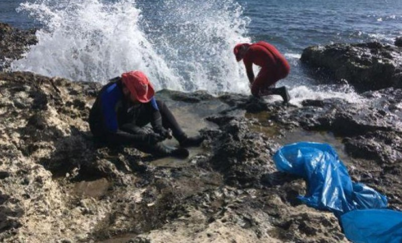 250 kilos of rubbish removed from Águilas beaches