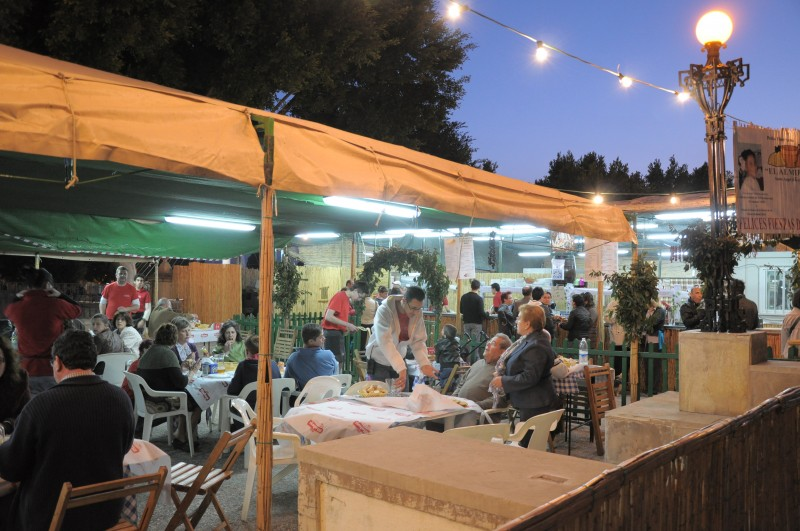 <span style='color:#780948'>ARCHIVED</span> - 21st to 28th April: Barraca open-air restaurant gardens in the city of Murcia