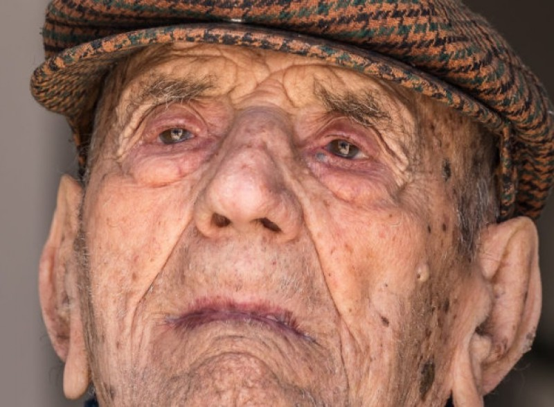 Spaniard relieved of the title of World's Oldest Man over 2 months after his death