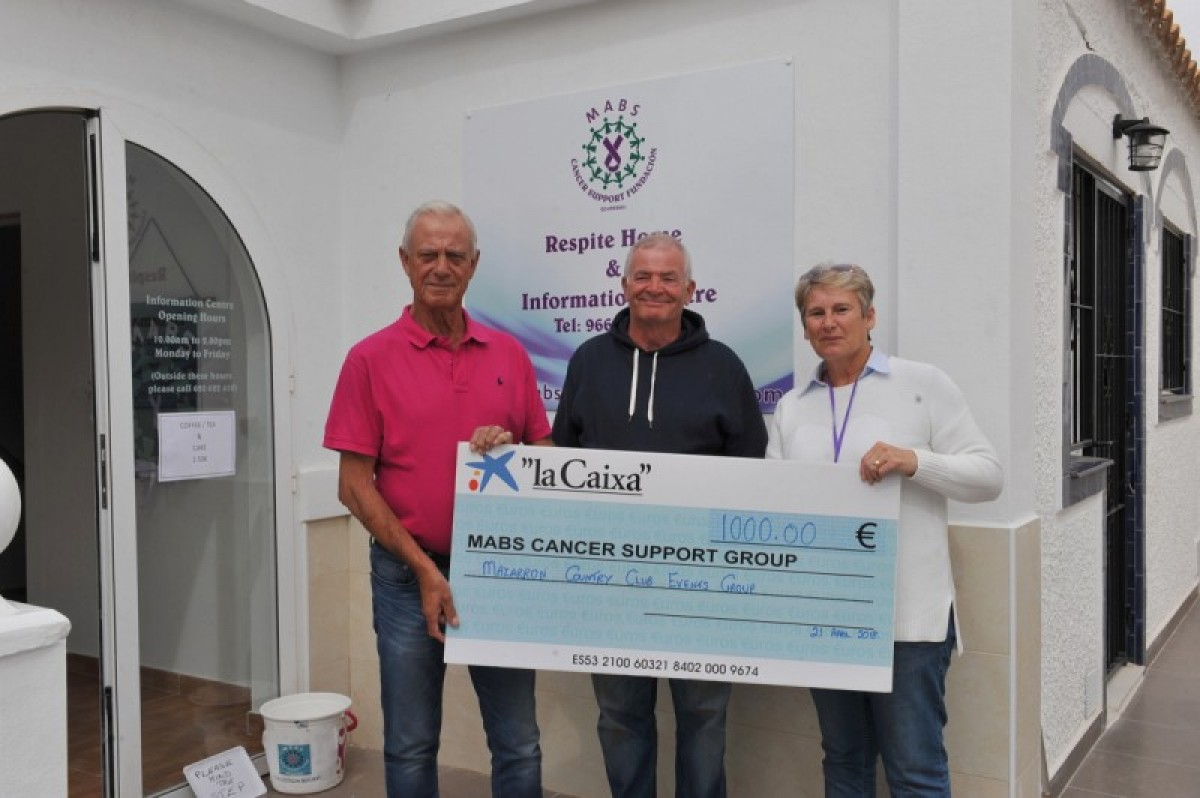 Mazarron Country Club Events Group donate 1,000 euros to MABS