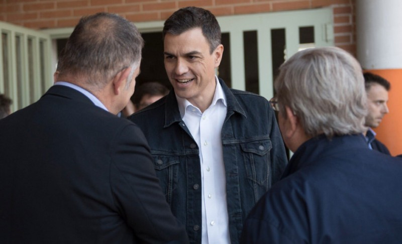 <span style='color:#780948'>ARCHIVED</span> - PSOE leader fails to convince Murcia farmers over water supply policy
