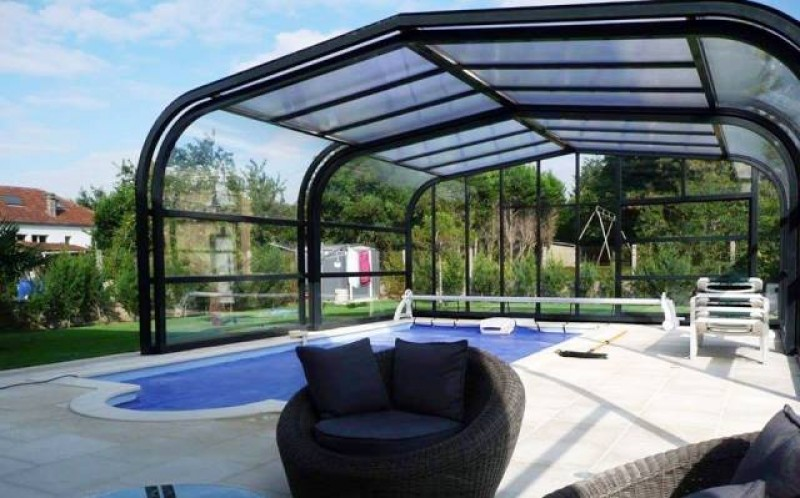Blinds 4 U; Blinds, shutters, awnings, mosquito blinds, sunshades and pool covers.