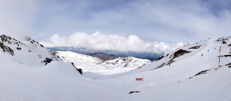 Perfect skiing weather in Sierra Nevada as snow falls in Spain on 1st May