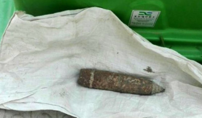 Spanish Civil War shell dumped by the bins in a town in Lleida!