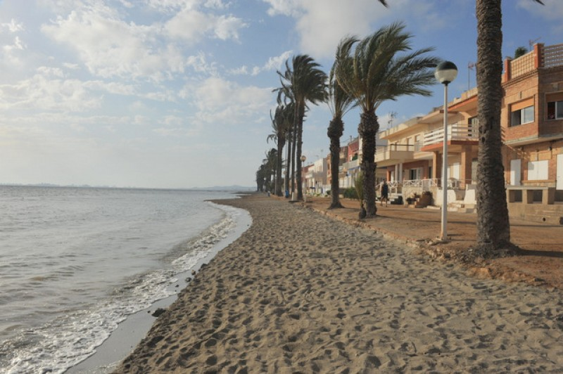 <span style='color:#780948'>ARCHIVED</span> - First Los Urrutias bathing station planned for this autumn