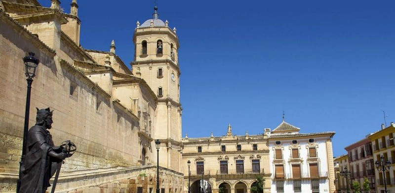 ENGLISH language guided tour San Patricio and the three plazas in Lorca, Monday to Friday