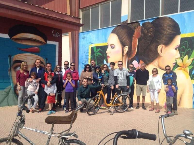 2nd June free guided cycling route around Los Alcázares urban art